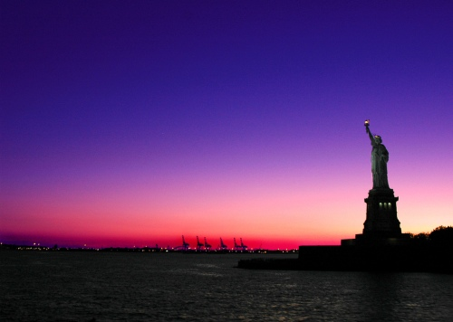 NY sunset_statue liberty